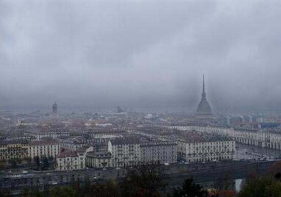 Torino, Fi: su divieto ai diesel giunta Appendino dilettante