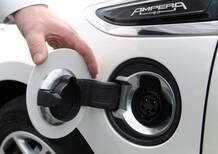 Auto elettriche, anche con il bonus non si risparmia