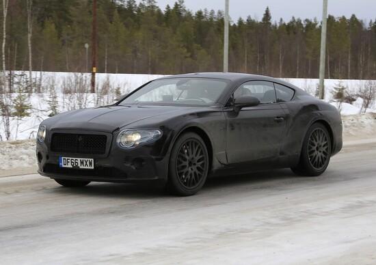 Nuova Bentley Continental GT: immagini dai collaudi sulla neve