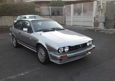 alfetta GTV 2.0 d'epoca del 1983 a Catania d'epoca