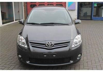 Toyota Auris D-Cat 5 porte del 2011 usata a Altamura usata