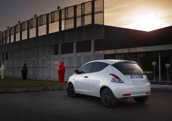 Lancia ypsilon unyca stile inconfondibile news for Interno lancia y