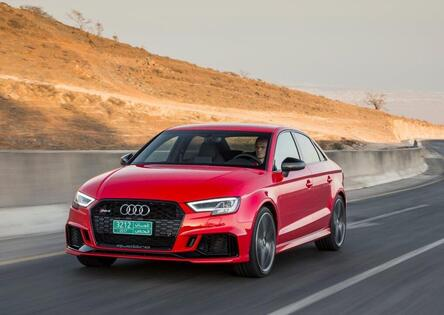 Audi RS3 restyling [Video primo test]
