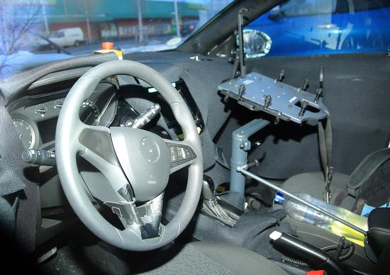 Nuova Opel Corsa: preview degli interni
