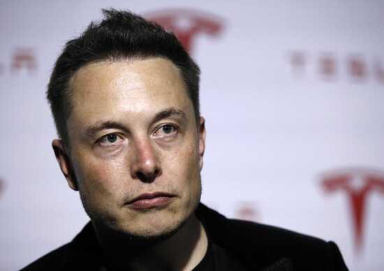 L'ultima di Elon Musk: collegare il cervello al computer