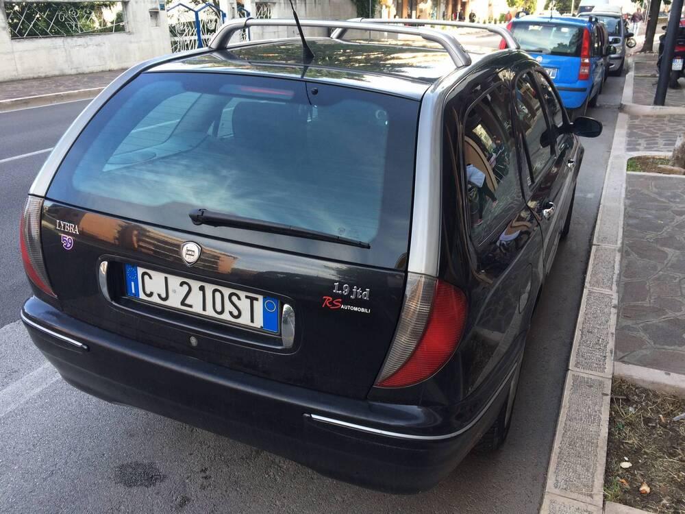 Lancia Lybra Station Wagon JTD cat S.W. Business del 2003 usata a Vasto (2)