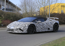 Lamborghini Huracán Spyder Performante: spiata su strada