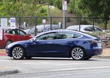 Tesla Model 3: spyshots