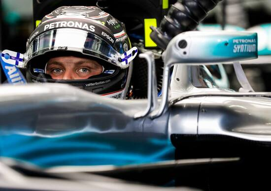 F1 2017, test Bahrain: Mercedes al top