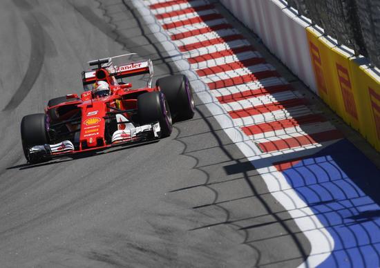 F1, GP Russia 2017: la Ferrari è un'arma totale