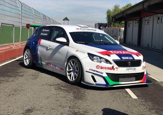 Peugeot, Stefano Accorsi in gara con la 308 Racing Cup